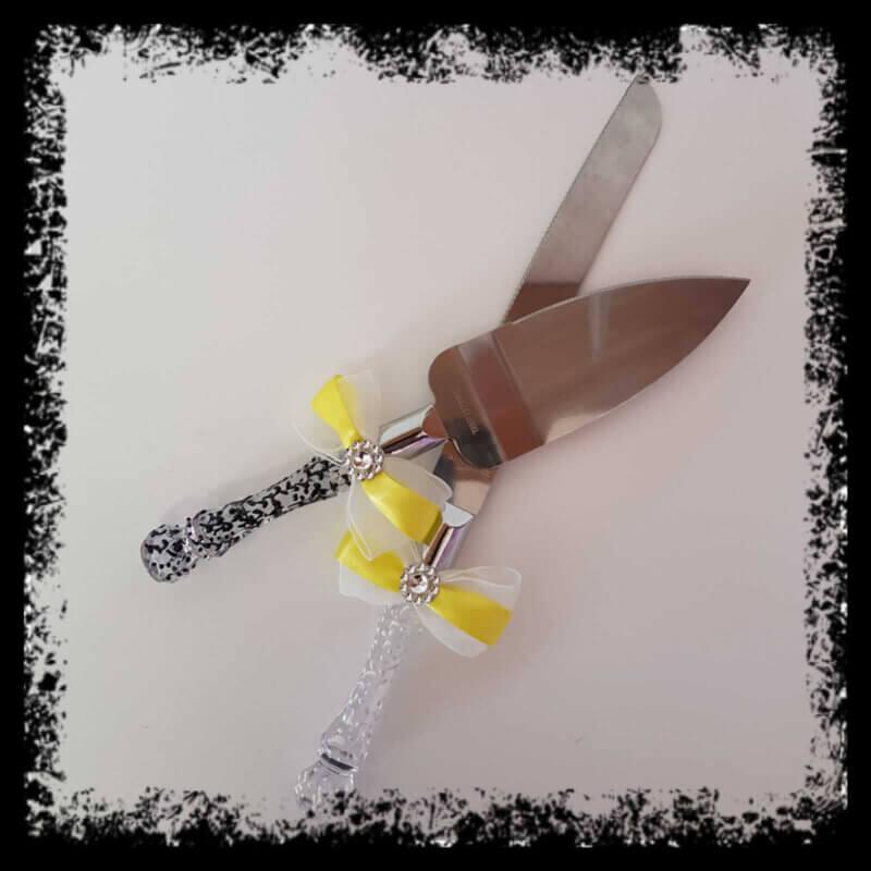 Cuchillos y pala para tarta de boda