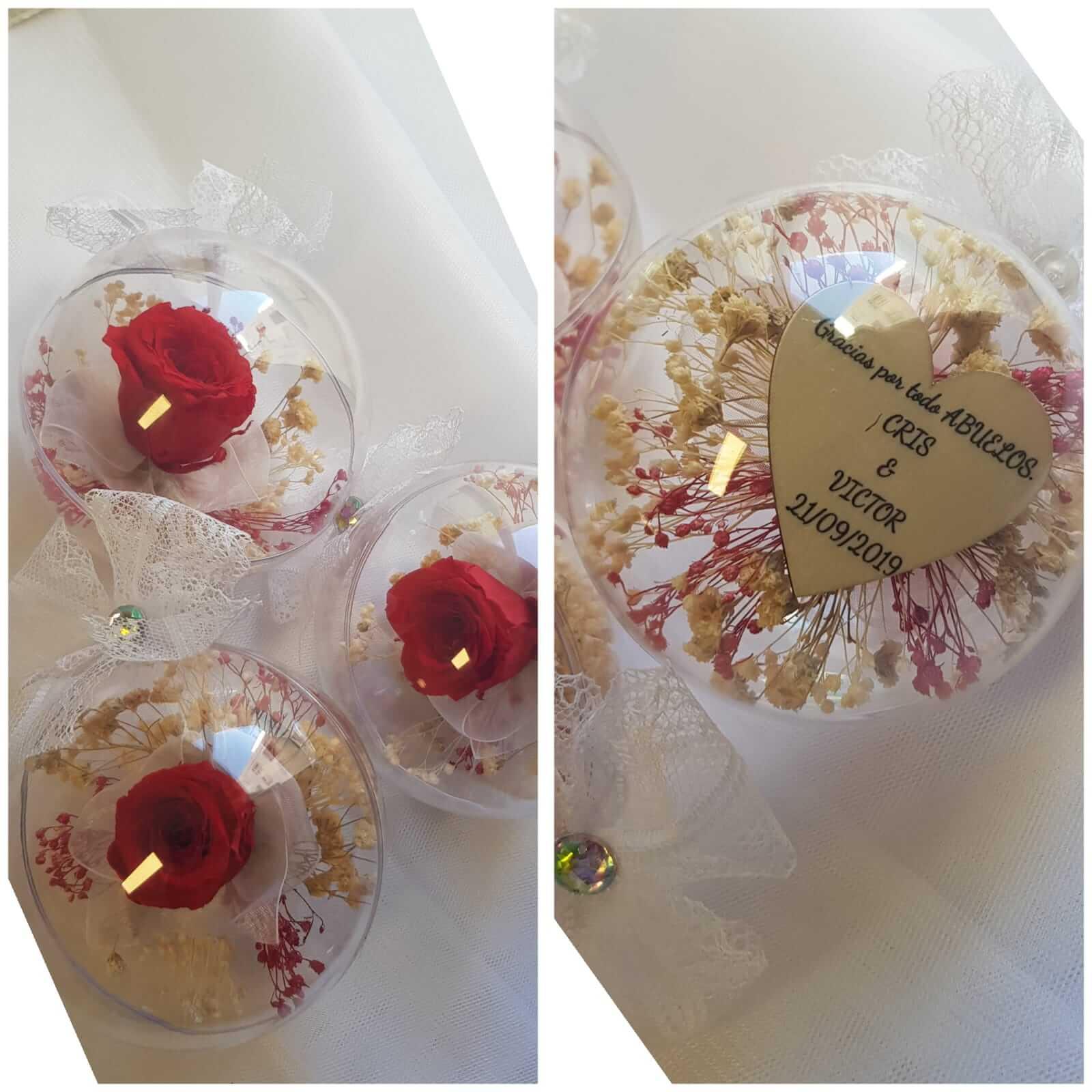 bola de plastico con rosas preservadas.jpeg bola de plastico con rosas preservadas - Bola de cristal decorativa con rosa preservada 1 - Bola decorativa con rosas preservadas
